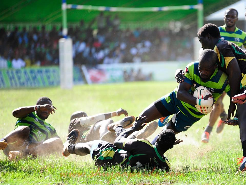 Photo : Adrian Arthur Opondo of KCB tackled by Kevin Omiyo of Kabras