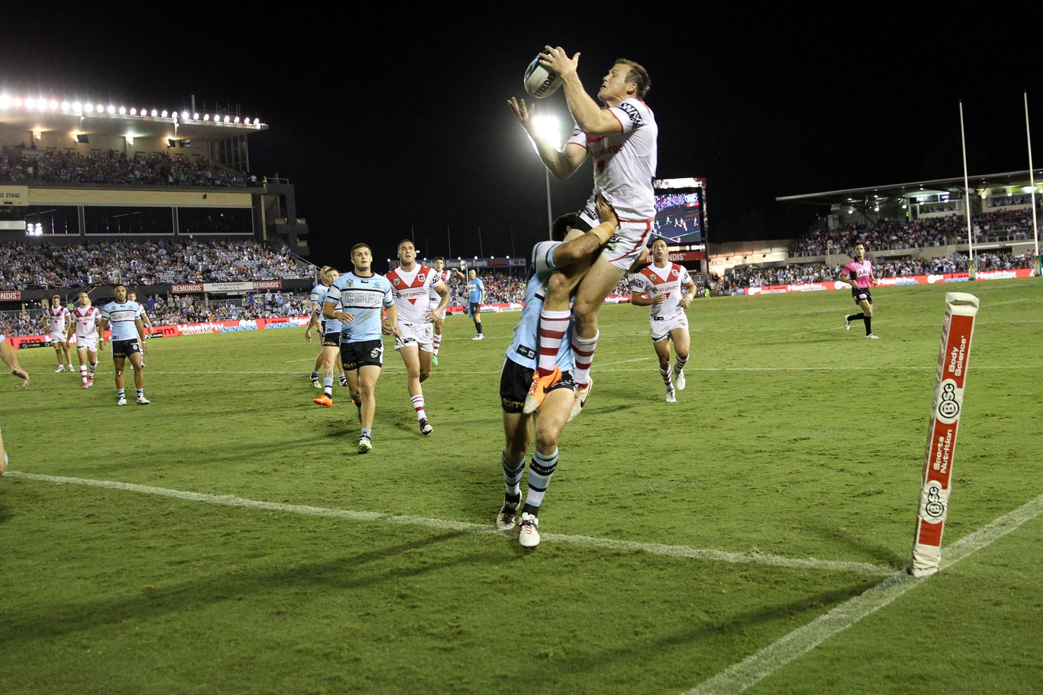 Brett Morris Flying Try
